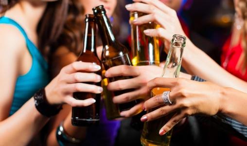 O USO DE DROGAS AUMENTA ENTRE OS ADOLESCENTES NO PAÍS